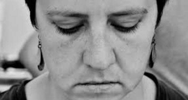 a young woman struggles to deal with bipolar depression treatment